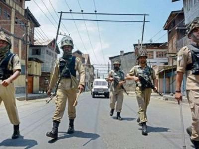 کشمیر: سری نگرمیں دہشت گردوں نےکیا گرینیڈ حملہ، 8 افراد زخمی