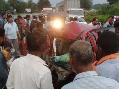 شیرور میں کار اور لاری کی ٹکر۔کار ڈرائیور ہلاک۔ ایک مسافر شدید زخمی