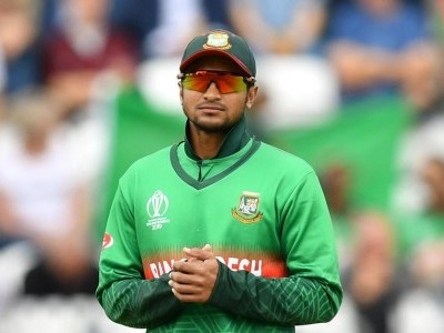 No legal action but Shakib Al Hasan has to reply to showcause notice, confirms BCB CEO