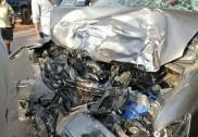 کمٹہ میں کار اور لاری کی ٹکر : ایک ہلاک 8زخمی