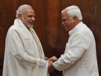 وزیرا عظم مودی کے جنم دن پر آر وی دیشپانڈے نے پیش کی مبارکباد۔دل کھول کر ستائش کرنے کے پیچھے کیا ہوسکتا ہے راز؟