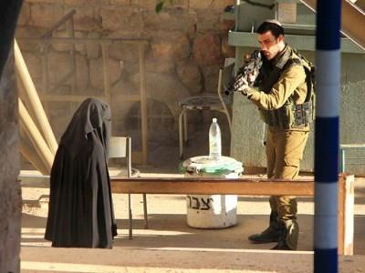 مقبوضہ بیت المقدس میں اسرائیلی فوج کی چوکی پر فائرنگ، فلسطینی خاتون شہید