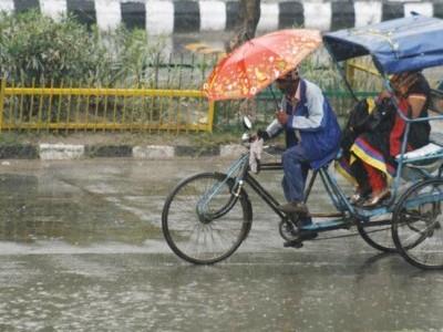 مسلسل بارش سے مشرقی اترپردیش سمیت ریاست کے کئی اضلاع بری طرح متاثر