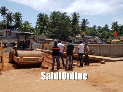 مرڈیشور میں دکانداروں کے اعترا ض کے باوجود سڑک توسیع کاکام جاری