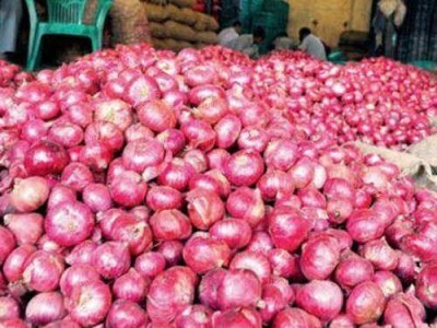 Onions hit Rs 200/kg in Karwar