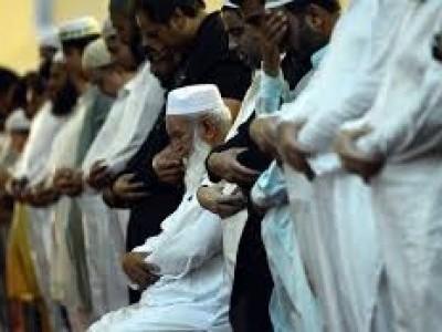 مدھیہ پردیش کی ایک مسجد میں باجماعت نماز پڑھانے کا نیا معاملہ آیا سامنے، امام کے خلاف معاملہ درج