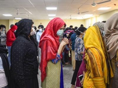 کورونا کا قہر اور بے گھر لوگوں سے چشم پوشی... از:نواب علی اختر