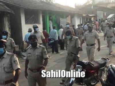 مینگلور کے قریب بنٹوال میں دیپ جلاؤ مہم کے دوران اقلیتوں کے گھروں پر پتھراؤ۔ پولیس میں درج کی گئی شکایت