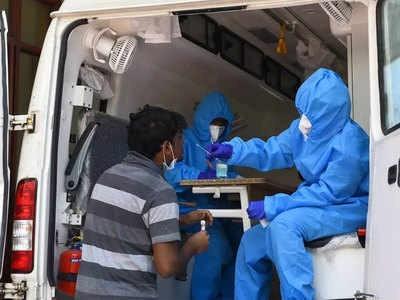 دہلی میں پھر سے کورونا وائرس کے مریضوں میں اضافہ، شفایابی کی شرح میں بہتری