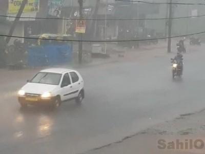 بھٹکل سمیت ساحلی کرناٹکا میں تین دنوں سے موسلادھار بارش؛ عام زندگی مفلوج