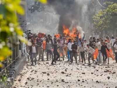 """""""دہلی کا فساد بدلے کی کارروائی تھی۔ پولیس نے ہمیں کھلی چھوٹ دے رکھی تھی""""۔فسادات میں شامل ایک ہندوتوا وادی نوجوان کے تاثرات"""