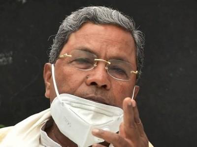کرناٹک کے سابق وزیر اعلیٰ سدارمیا پر بھی کورونا کا حملہ، اسپتال میں داخل