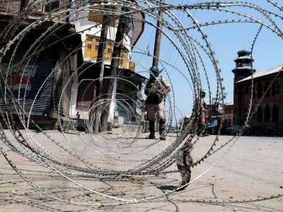 کشمیر میں دوسرے روز بھی کرفیو جیسی پابندیاں