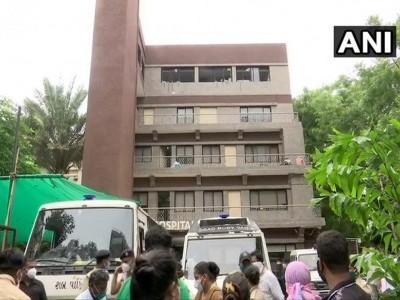 گجرات: احمد آباد کے کورونا اسپتال میں خوفناک آتشزدگی، 8 مریض لقمہ اجل