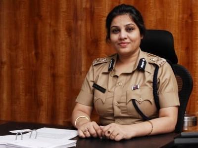 کرناٹک میں 17 آئی پی ایس عہدیداروں کے تبادلے ، ڈی روپا محکمہ داخلہ کی پہلی خاتون چیف سکریٹری مقرر