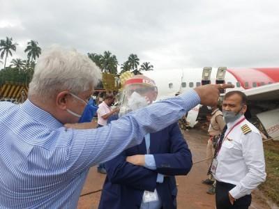 Air India CMD takes stock of situation at Kerala plane crash site