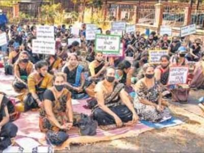 منی پال : خصوصی اساتذہ اور غیر تدریسی عملے کی تنخواہوں کو دوگنا کرنے کی مانگ لے کر علامتی احتجاج
