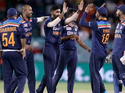India avoid series whitewash with 13-run victory in 3rd ODI against Australia