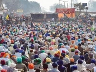 غازی پور بارڈر پر کمربستہ کسانوں نے مطالبات نہ ماننے کی صورت میں راجدھانی کی سڑکوں پرٹریکٹر چلانے کا دیا انتباہ