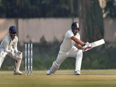 Bengal, Karnataka make Ranji quarters; Delhi knocked out