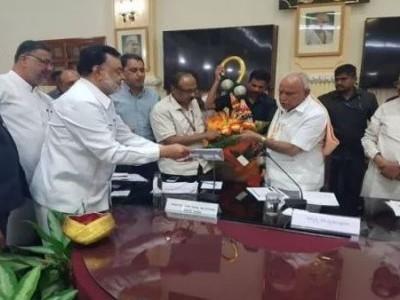 کرناٹک میں بجٹ 2020/21 کی تیاریاں، وزیراعلی یڈیورپا نے مسلم نمائندوں کے ساتھ کی میٹنگ
