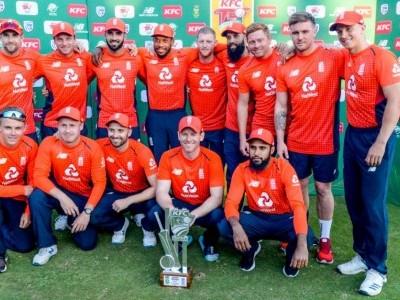 انگلینڈ نے جنوبی افریقہ کو ٹی ٹوئنٹی سیریز میں شکست دے دی