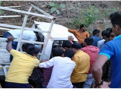Seven dead, 15 injured in road accident in Yavatmal, Maharashtra