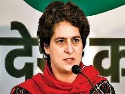 حکومت جامعہ تشدد کے قصورواروں پر کارروائی کرے: پرینکا گاندھی