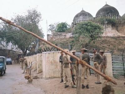 ایودھیا کے مسلمانوں نے لکھا خط،پوچھا،کیا مسلمانوں کی قبر پر رام مندر کی تعمیر ہوگی؟
