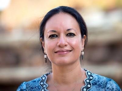 یو پی کی جیلوں میں بند 200 کشمیریوں کو نہیں بھول سکتی: نائلہ علی خان