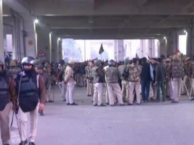 سی اے اے: جعفر آباد میں خواتین کا مظاہرہ جاری، ہنگامہ کے بعد سیکورٹی سخت