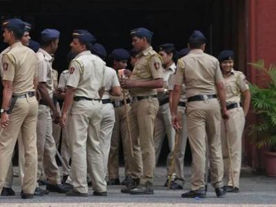 پونے پولیس نے کیا ایم این ایس اراکین کو گرفتار۔ بنگالی مزدوروں کے گھروں پر چھاپہ ماری کا شاخسانہ
