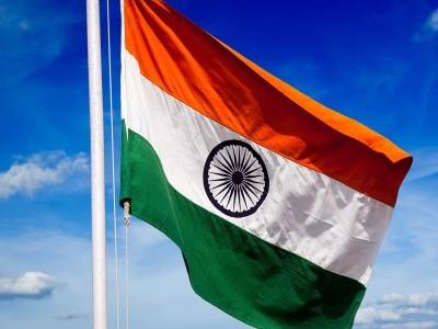 انکولہ میں سامنے آئی گرام پنچایت کی بدعنوانی۔ قومی پرچم لہرانے کے لئے ایک کھمبا نصب کرکے 2مرتبہ وصول کیا خرچ