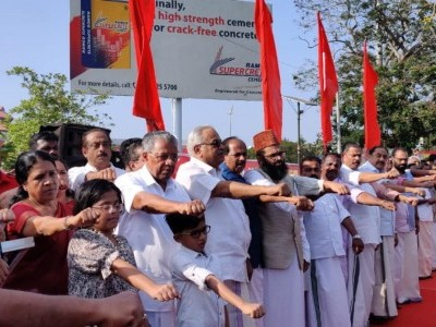 620-kilometre human chain formed in Kerala on Republic Day demanding withdrawal of CAA