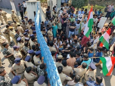 Hyderabad University students stopped from taking out anti-CAA march