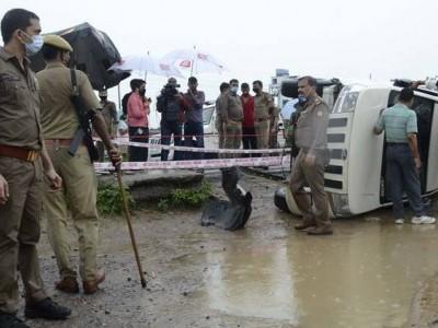 یوگی حکومت میں 119 پولیس انکاؤنٹر۔ 74کی جانچ میں پولیس کو کلین چٹ: رپورٹ