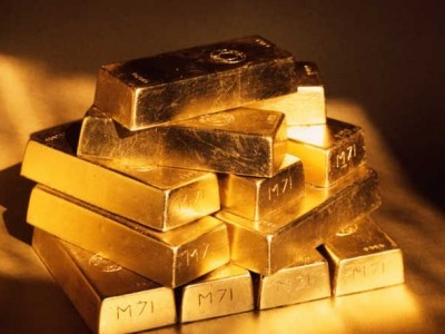 Customs quiz Kerala IAS officer for nine hours in gold smuggling case