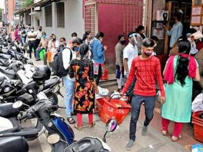 بنگلورو میں ایک ہفتہ طویل لاک ڈاؤن، سڑکیں سنسان، راستوں سے سواریاں غائب