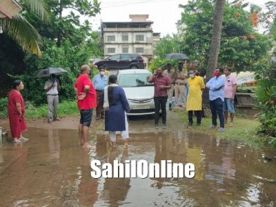 MLA UT Khader Visited the rain affected areas in various places in and around Mangaluru
