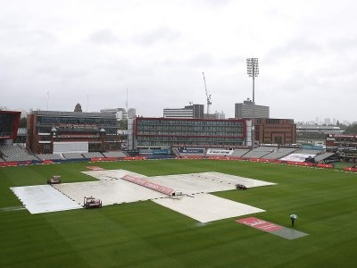 Manchester Test: Rain abandons fourth-day play, England need 8 wickets to win