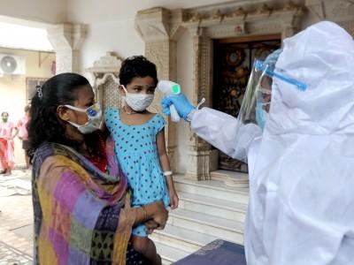 گزشتہ 24 گھنٹے میں ریکارڈ 21 ہزار نئے کورونا کیسز سے ہندوستان میں دہشت