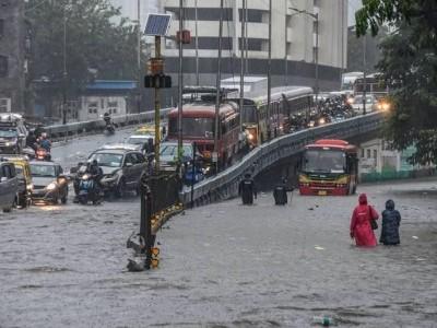 ممبئی اور تھانے میں 100 ملی میٹر سے زیادہ ہوئی بارش،آئندہ 24 گھنٹوں کے دوران شدید بارش کا امکان