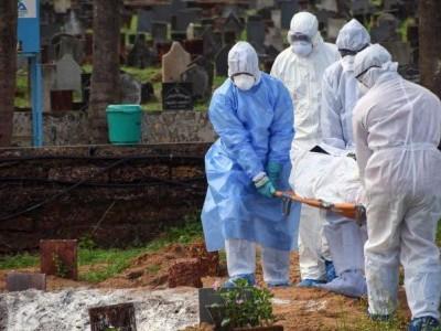 منگلورو:پی ایف آئی کے ذریعے باوقار طریقے سے کورونا سے ہلاک ہونے والوں کی تدفین۔ میڈیا میں ہورہی ہے ستائش
