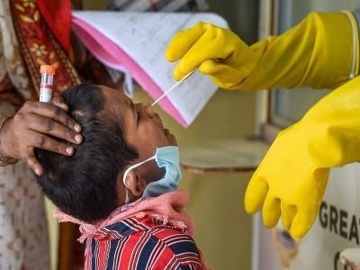 کرناٹک میں عالمی وباء سے ایک ہی دن 54 ؍افراد لقمہ اجل، 24 گھنٹوں کے دوران بنگلورو میں 1148 سمیت ریاست بھر میں 2062 پوزیٹیو کیس