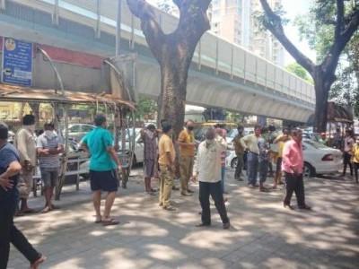 ممبئی: لاک ڈاؤن میں ملی راحت، دکانیں کھل گئیں لیکن بازاروں میں سناٹا
