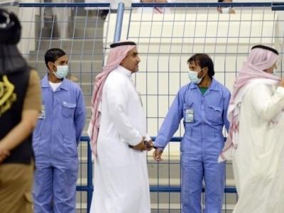 سعودی عرب نے پرائیویٹ ملازمین کو 2 سال تک نصف تنخواہ کی ادائیگی کا کیا اعلان
