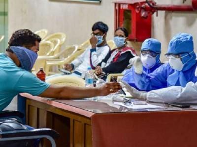 ہندوستان میں کورونا کا قہر: 9 ہزار سے زائد نئے معاملے، متاثرین کی تعداد تقریباً 2.17 لاکھ