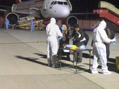 کورونا: 275 ہندوستانیوں کی ایران سے دہلی آمد