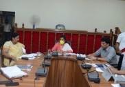 بھٹکل میں غیر ممالک سے آئے ہوئے بھٹکل کے تمام شہریوں کا کورنٹائن کرنے ضلعی انتظامیہ کا فیصلہ؛ ضلع انچارج وزیر نے کی ضلعی انتظامیہ کےساتھ میٹنگ