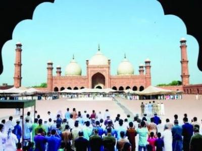 ملک میں پہلی بار 5 ہزار مسلمانوں نے عید کی نماز آن لائن ادا کی